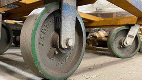 hard-rubber-wheel-on-cart